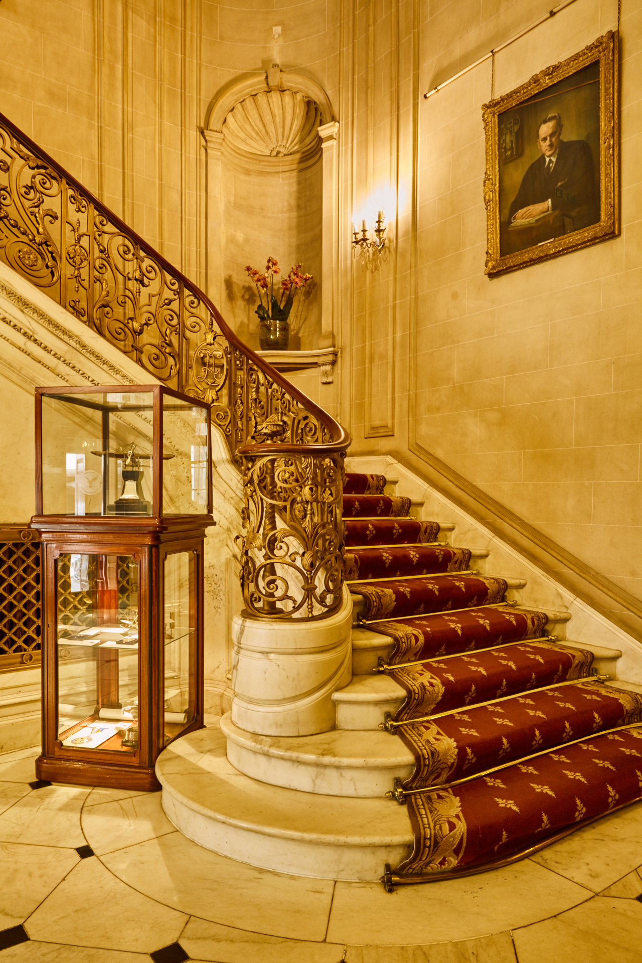 Royal Aeronautical Society stairway